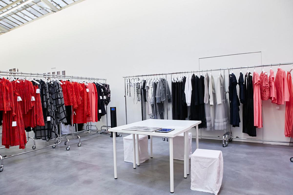 Chika Kisada 2018 S/S Show room