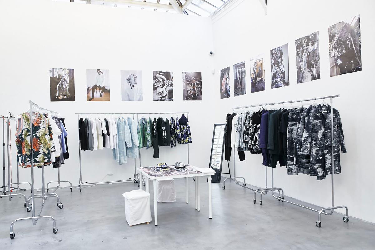 TAAKK showroom.tokyo S/S 2018