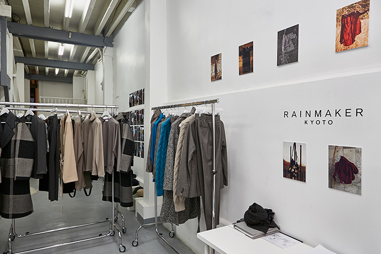 RAINMAKER showroom19aw